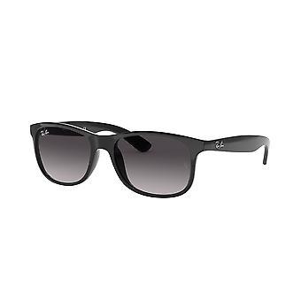 راي بان اودي RB4202 601/8G الأسود / الرمادي التدرج النظارات الشمسية