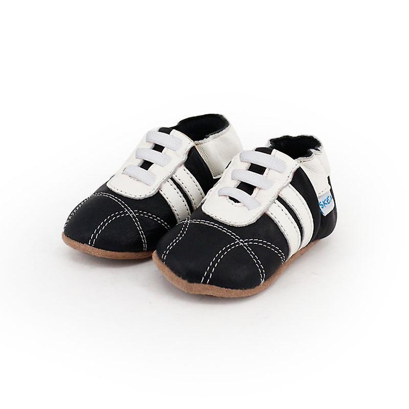 SKEANIE Leather Pre-walker Sneakers in Black and White