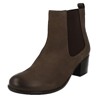 Ladies Van Dal Gusset Ankle Boots Cato