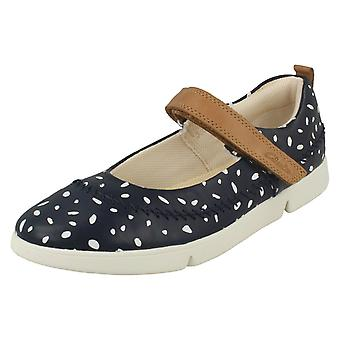 Infant/Junior Girls Clarks Lightweight Casual Shoes Tri Molly