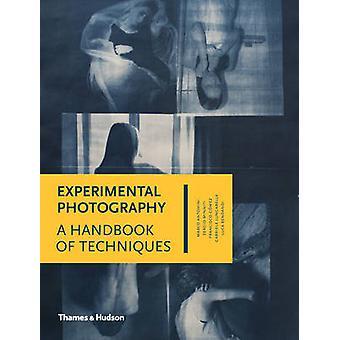 Experimentell fotografi - en handbok av tekniker av Marco Antonini