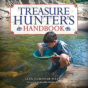 Treasure Hunter's Handbook: For Kids