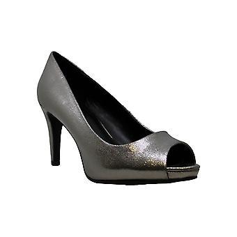 Bandolino Rainaa Pumps Women's Shoes