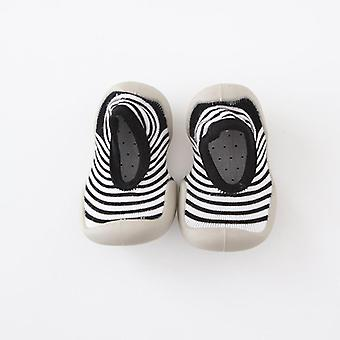 Vauvan ja muodin kengät, vastasyntyneet ensimmäiset kävelijät Ihanat saappaat Slip-lenkkarit