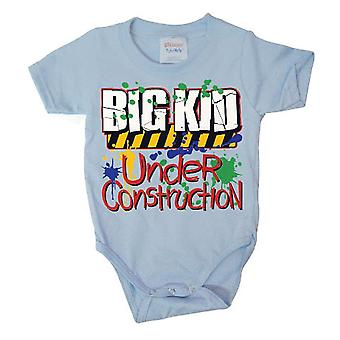 Hybris - big kid under construction- baby grow blue