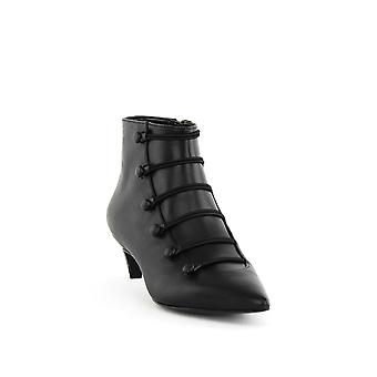Nine West | Zadan Leather Pointed Toe Boots