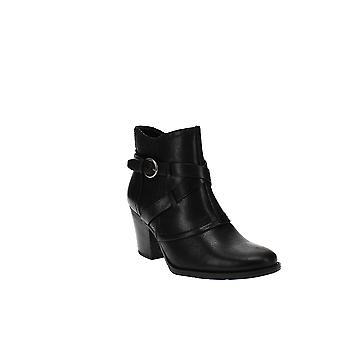 Baretraps | Launa Ankle Boots