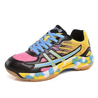 Lightweight Tennis Shoe