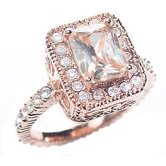 ah! Bijoux Or Rose Rempli Coussin Set Ring. Diamant simulé taille émeraude Entouré de brillants ronds clairs.