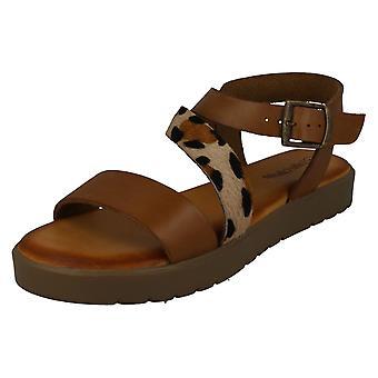 Damer läder kollektion Flatform sandaler F00204