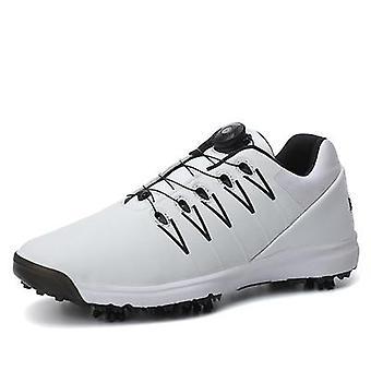ماء, ارتداء مقاومة أحذية رياضية الغولف المهنية