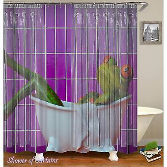 Grenouille prenant un rideau de douche de bain