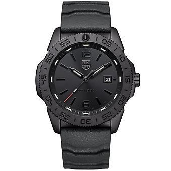 Luminox Pacific Diver Blackout Black Dial Black Genuine Rubber Strap Quartz Men's Watch XS.3121.BO