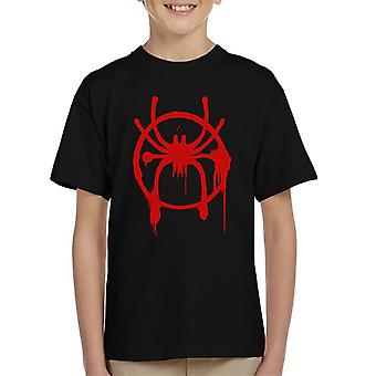 Spiderman osaksi Spiderverse spraymaalilla Lasten t-paita
