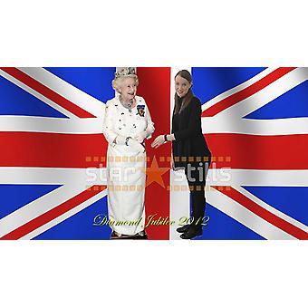 クイーンエリザベス2世 - ホワイトドレス等身大段ボール切り抜き/スタンディー(ダイヤモンドジュビリー2012)
