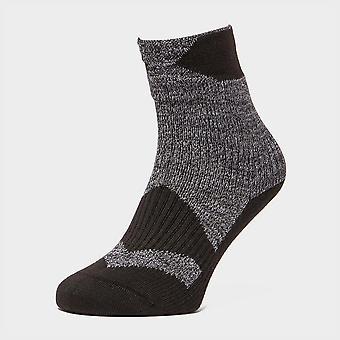 Sealskinz Men's Thin Ankle Socks Walking Hiking Black