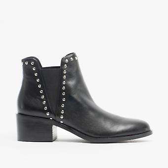 Steve Madden Cade Ladies Leather Ankle Boots Black
