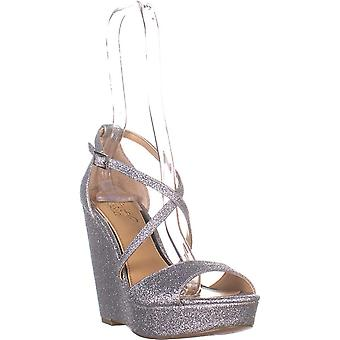 BADGLEY MISCHKA Women's Shoes Averie
