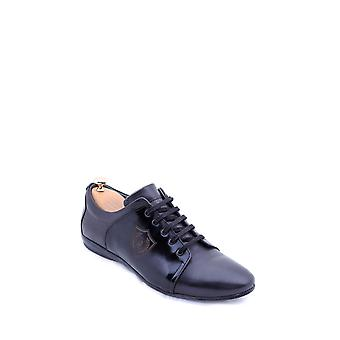 Crested leather black shoes | wessi