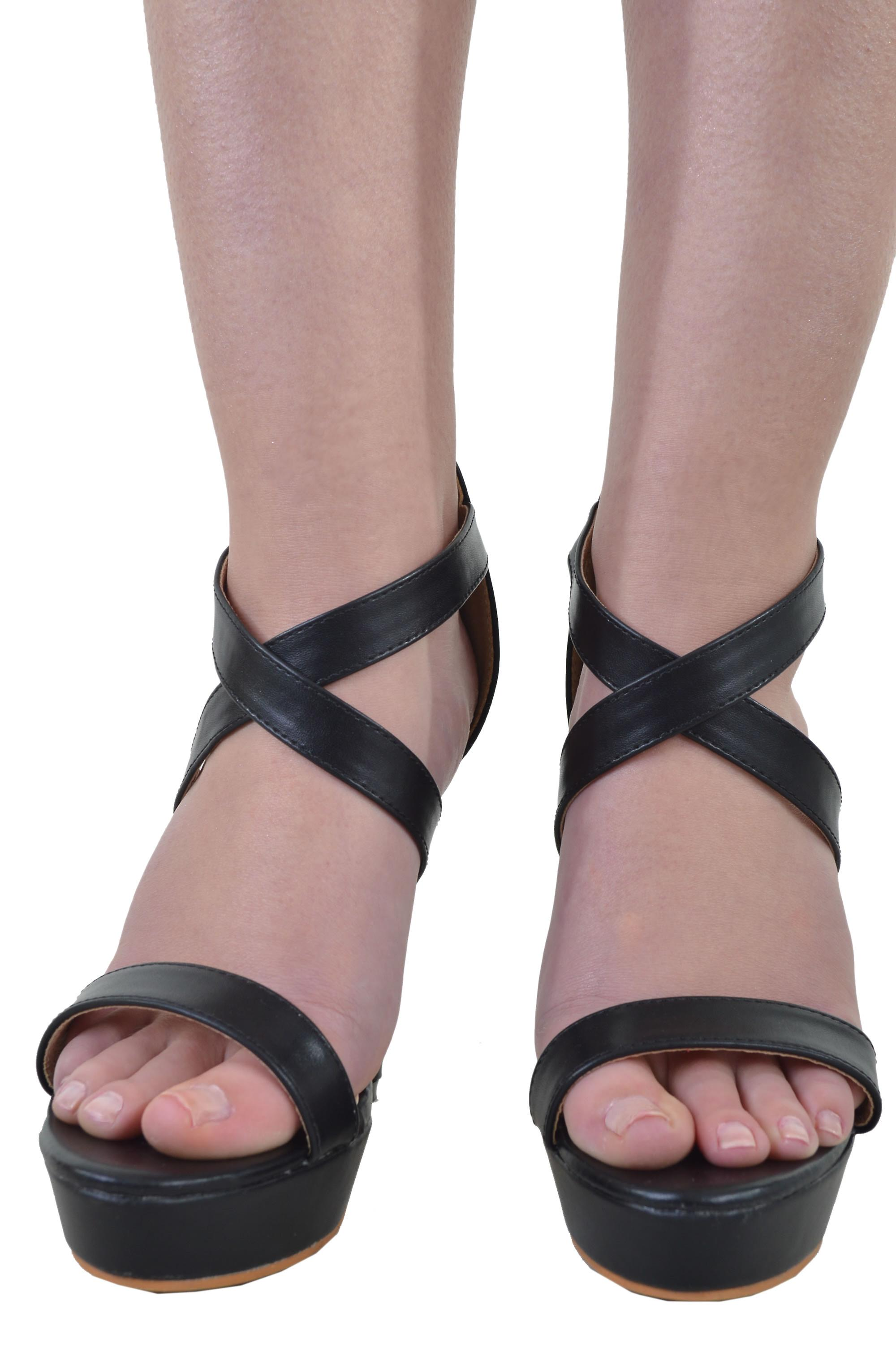 LMS Platform Heels With Criss-Cross Straps In Black