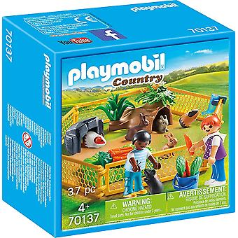 Playmobil 70137 Country Farm Hayvan Muhafazası 37PC Playset
