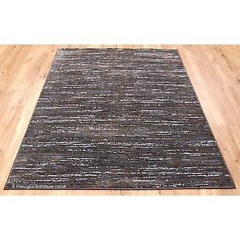 Strata strisce marrone tappeto
