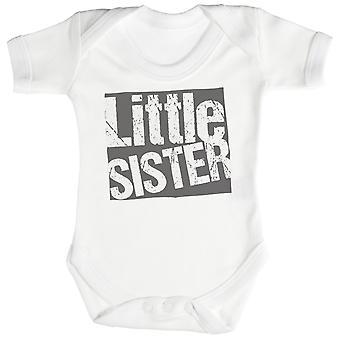 小妹妹婴儿体衣 / 婴儿成长
