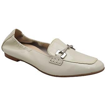 Hogl White Patent Flat Slip på Moccasin Sko med klassisk spänne detalj