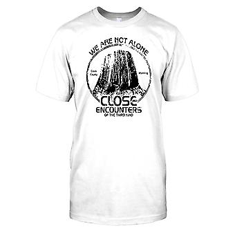 We Are Not Alone - Close Encounters Of The Third Kind Kids T Shirt