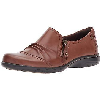 Cobb Hill Womens Penfield Leather Closed Toe Loafers