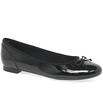كلاركس كوتور بلوم المرأة الأحذية الذكية
