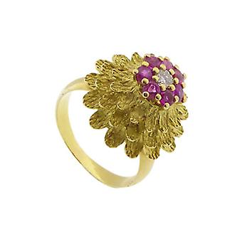 18 carat gold ring with rubies and diamonds
