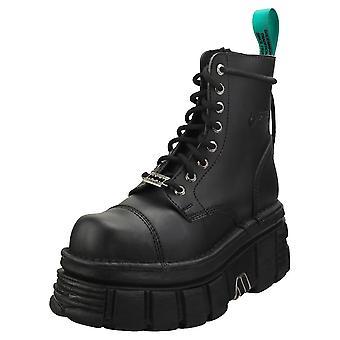 New Rock Combat Vegan Unisex Platform Boots in Black