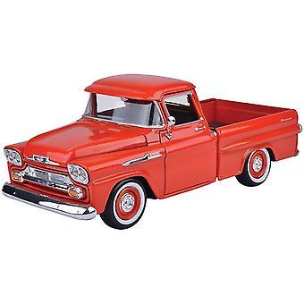 MotorMax American Classics - 1958 Chevy Apache Fleetside Pickup Red 1:24