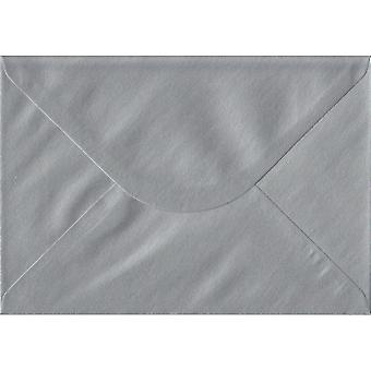 Sølv gummierede C5/A5 farvet sølv konvolutter. 100gsm FSC bæredygtig papir. 162 mm x 229 mm. bankmand stil kuvert.