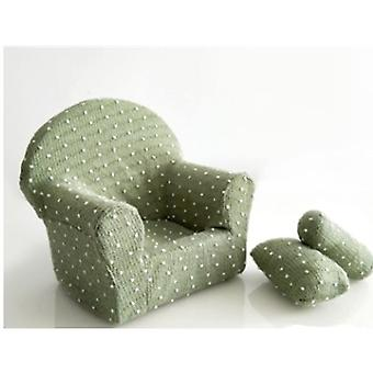Neugeborenes Baby posiert Mini Sofa Sessel mit Kissen 0066