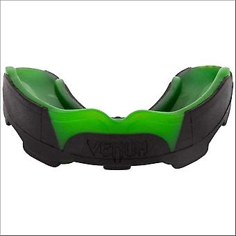 Venum predator mouth guard black/green