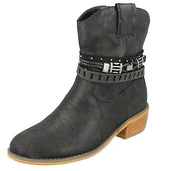 Ladies Down To Earth Cowboy Boots F50950