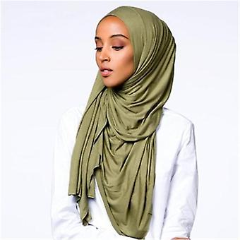 Μουσουλμανικές γυναίκες τεντώστε τη μαντίλα του Τζέρσεϋ