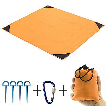 Beach mat, waterproof and moisture proof lightweight folding 140 * 220CM