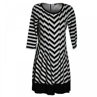 Oui Aline Long Sleeve Dress