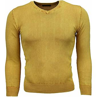 Casual Sweater - V-Neck - Yellow