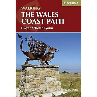 De Wales Coast Path - Llwybr Arfordir Cymru door Paddy Dillon - 9781852