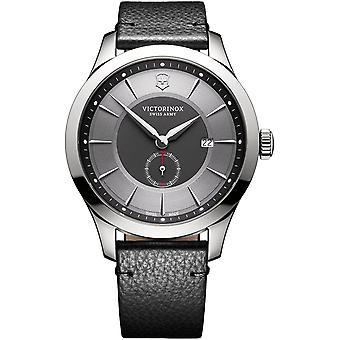 Victorinox alliance Swiss Quartz Analog Man Watch with Stainless Steel Bracelet V241765
