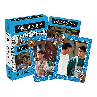 Ystävät - kaverit pelaavat korttia