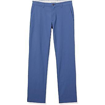 Essentials Pantalón elástico ligero estándar de ajuste delgado para hombres