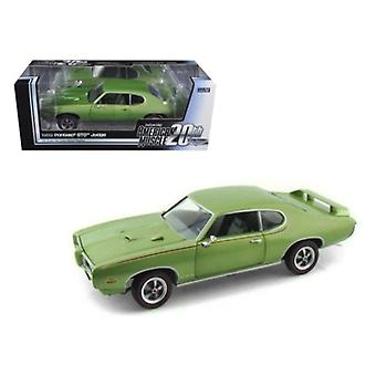 1969 Pontiac GTO Judge Green American Muscle 20th Anniversary Edition 1/18 Diecast Model Car by Autoworld