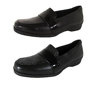 Aravon Womens Winsor Moc Loafer Shoes