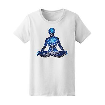 Blå Chakra mänskliga siluett Tee kvinnors-bild av Shutterstock