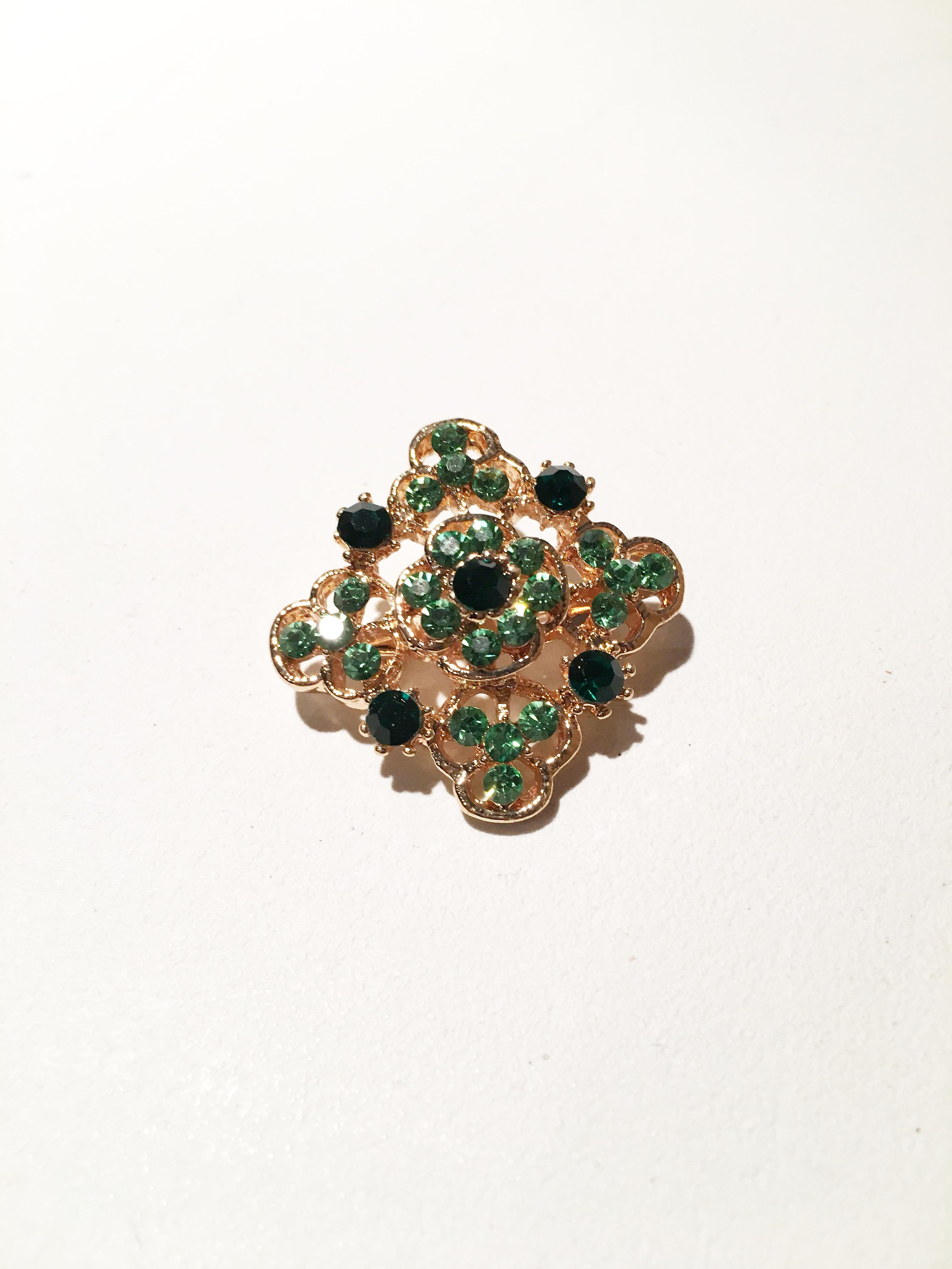Gold and emerald green Rectangle brooch